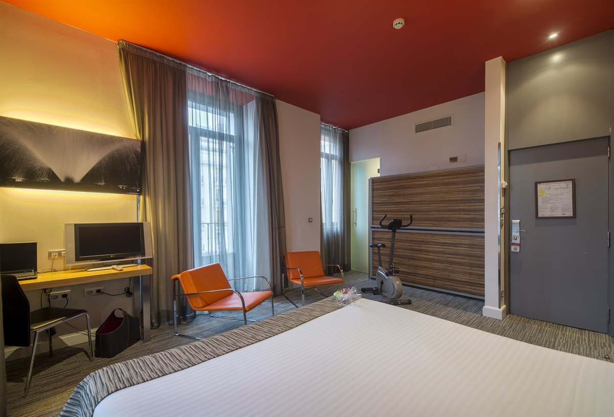 First Hotel Petit Palace Plaza Del Carmen First Hotels