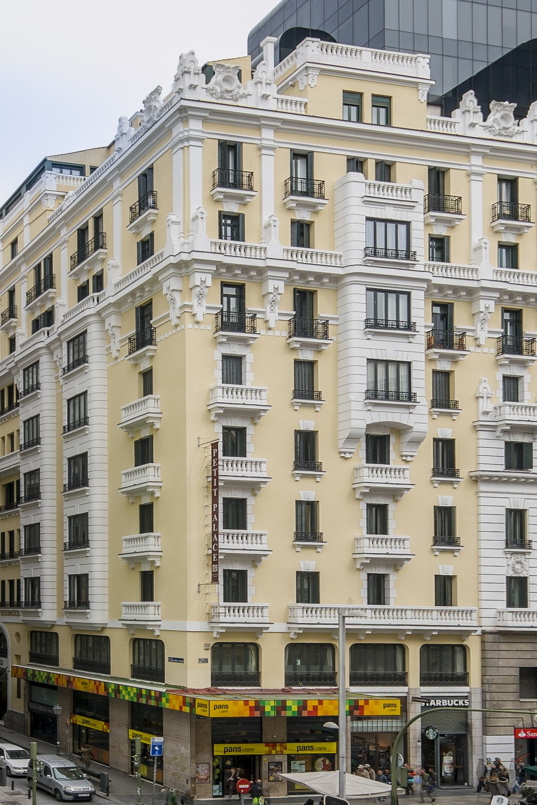 First Hotel Petit Palace Triball First Hotels