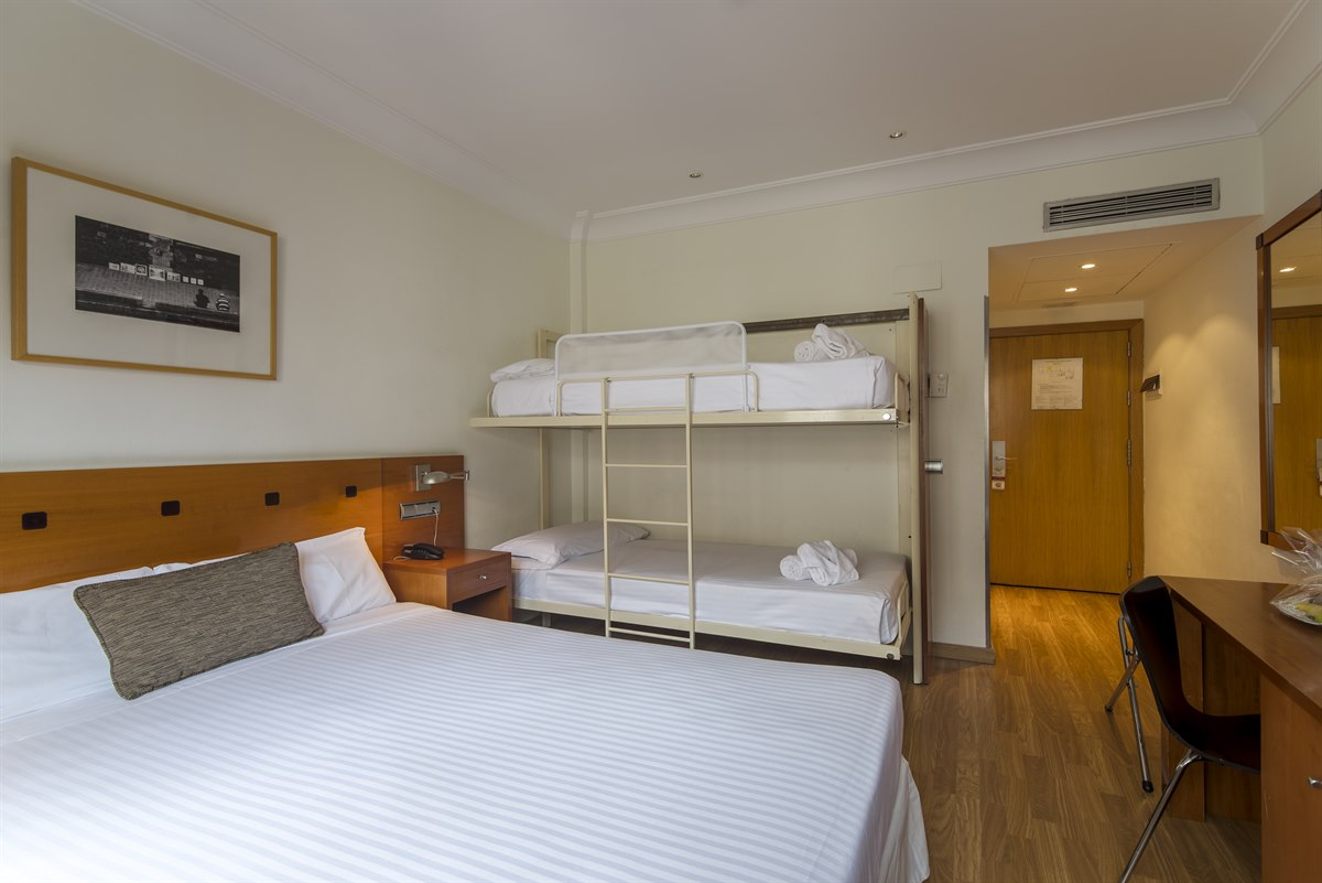 First Hotel Petit Palace Callao First Hotels