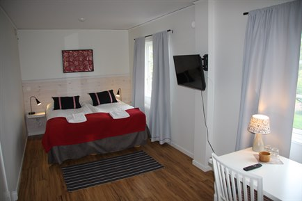 tllberg singles Visiting tallberg soon check out the green hotel at hotelscom and find all the info you need to help you book book now to earn free nights for future travels.