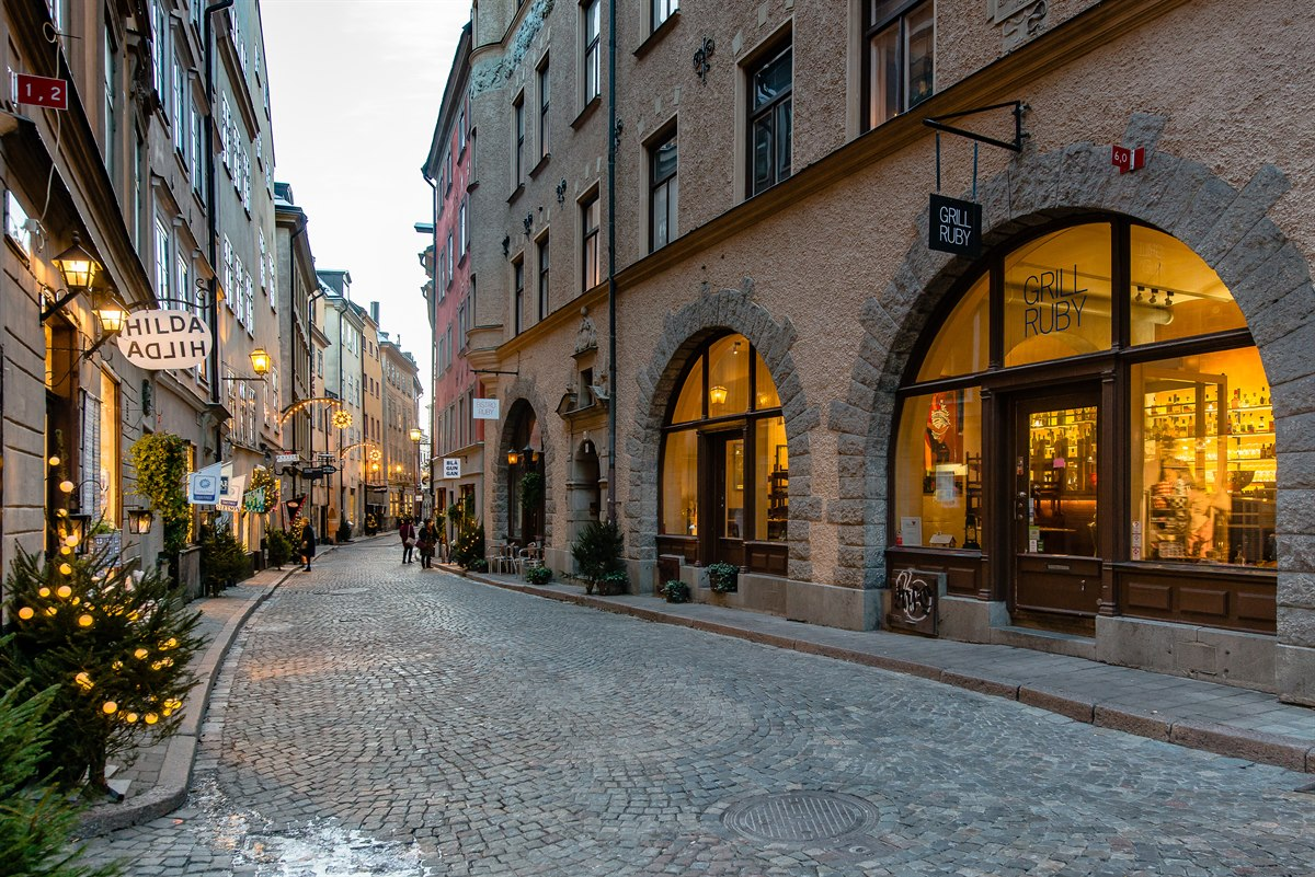 hotel stockholm first hotel reisen i gamla stan first hotels. Black Bedroom Furniture Sets. Home Design Ideas